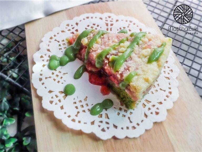 Matcha strawberry Crumble